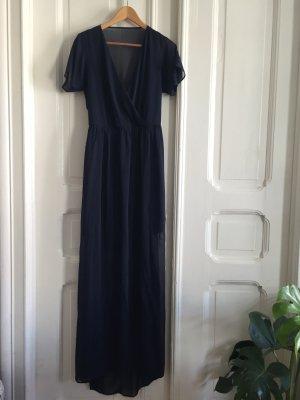 Langes leichtes Kleid mit Unterrock und Rückenausschnitt