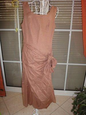 langes Leinenkleid von Betty Barclay mit Wickeleffekt