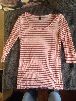 Langes Rot weiß gestreiftes Dreiviertelärmel Shirt