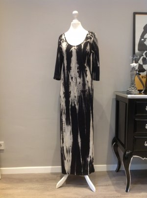 Langes schwarz-beige gemustertes Kleid