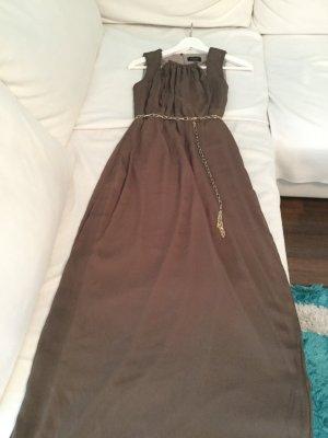 Langes Sommerkleid in hellbraun