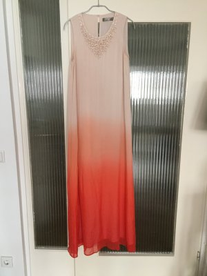 Langes Sommerkleid mit Perlenbesatz