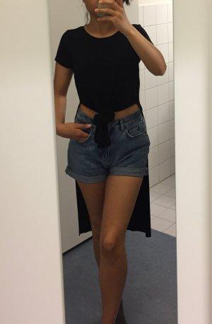 Langes T-Shirt mit seitlichen Schlitzen