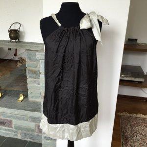 langes Top mit großer Schleife schwarz/silber von Sisley