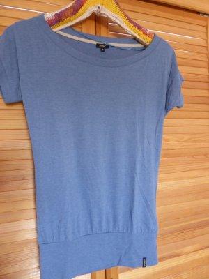 langes, weiches T-Shirt U-Boot Ausschnitt