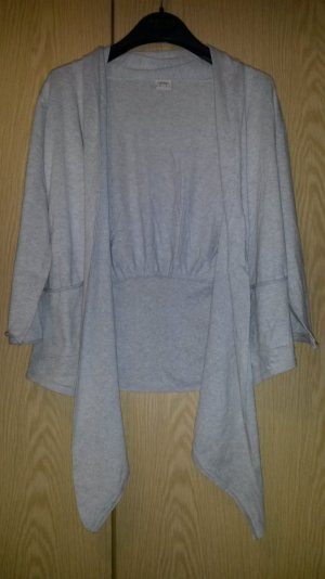 Langgeschnittene Strickjacke, grau