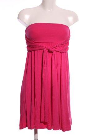 Lascana Vestido bandeau rosa look casual