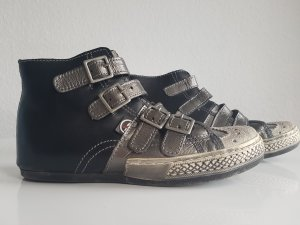 Last Chance: Sneakers Cafe Noir