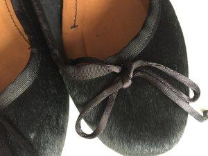 LAST PRICE !!  TOP !!  Ballerinas aus Ponyfell;  Farbe Schwarz 1x getragen