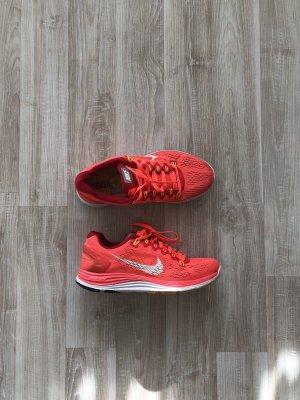 Laufsche Nike