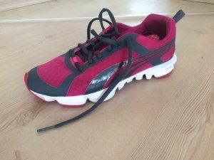 Laufschuh Joggingschuh extra leicht Puma