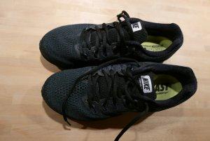 Laufschuhe Nike Größe 44