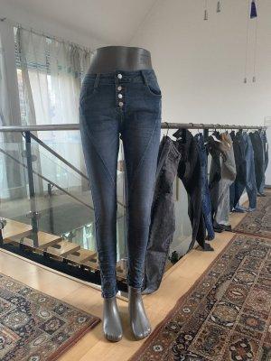 Laulia boyfriend Jeanshose alle Größen erhältlich