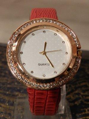 Laura Kent Damen Armbanduhr mit Kristallen und Strukturbandarmband, NEU