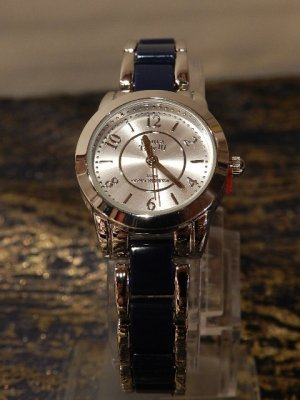 Laura Torelli Damen Armbanduhr Silber Blau, Analog wasserresistent **NEU** - sehr elegant