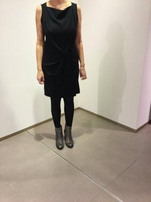 Laurèl Etui Kleid schwarz