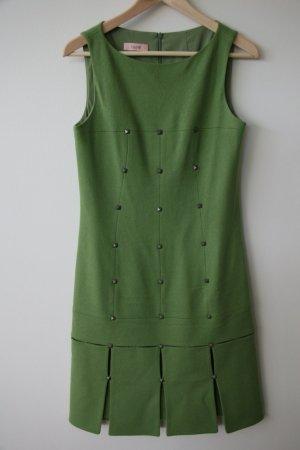 Laurel Etui Woll-Kleid // Perfekt für eine Winterhochzeit