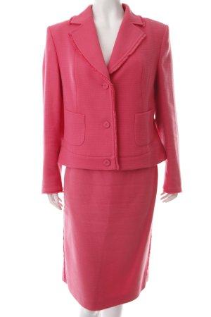 Laurèl Kostüm pink klassischer Stil