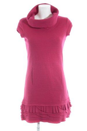 Laurèl Vestido de lana magenta estilo clásico