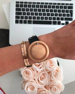 Reloj con pulsera de cuero negro-marrón arena Cuero