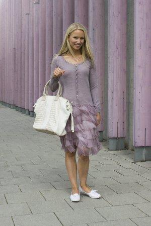 Lavendelfarbenes DEHA Kleid
