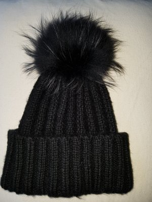 Lawrence Grey Bobble Hat black