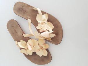 LAZAMANI Sandalen, Gr.37, Leder, mit Blüten, blassgelb