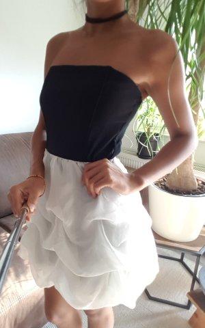 Limited Collection Off the shoulder jurk wit-zwart