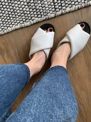 H&M Premium Sandalo con plateau nero-bianco