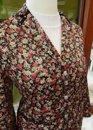 LeComte Blazer, Shirtjacke, Jacke - mit Blumenmuster -Gr. 40 -