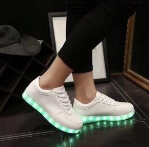 LED Sneaker
