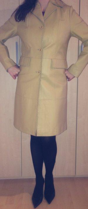 Vivien Caron Frock Coat beige-cream leather