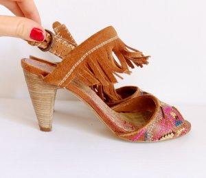 Leder Boho Style Sandale mit Stickerei