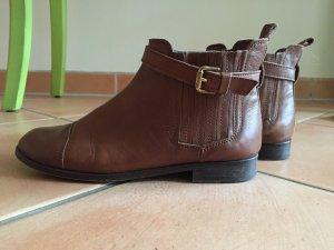 Leder Chelsea Boots von Massimo Dutti