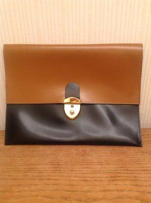 Leder Envelope Clutch schwarz/cognac von Mona