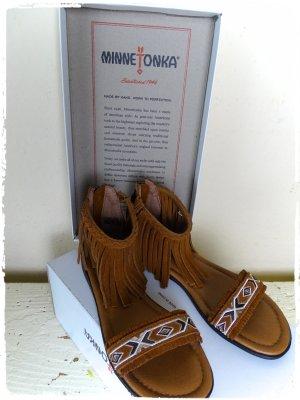 Minnetonka High-Heeled Sandals brown