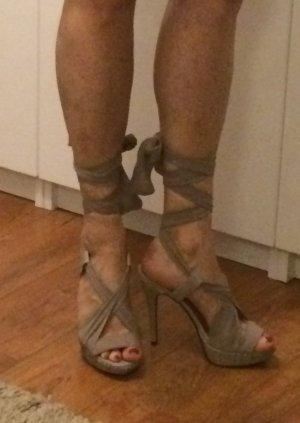 Leder High Heels mit Chiffon Bändern von Friss & Company, Gr.38, NEU