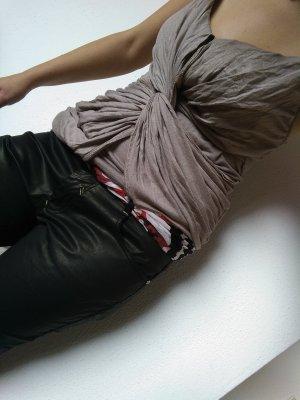 Leder- Hose in schwarz,dazu Top & Tuch gratis!