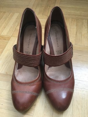 5th Avenue Wedge Pumps cognac-coloured leather