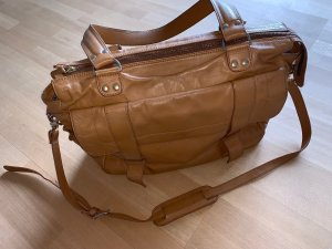 Laptop bag camel