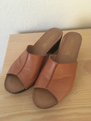 Heel Pantolettes cognac-coloured leather
