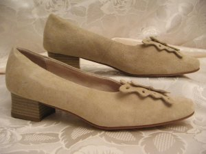 Loafers beige Suede