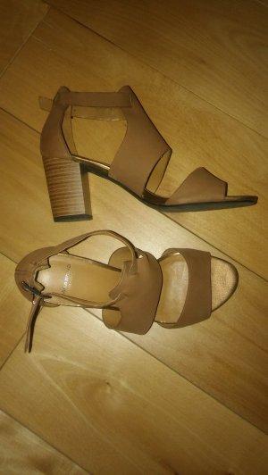 Vagabond Strapped Sandals camel leather
