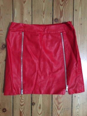 Forever 21 Falda de cuero rojo