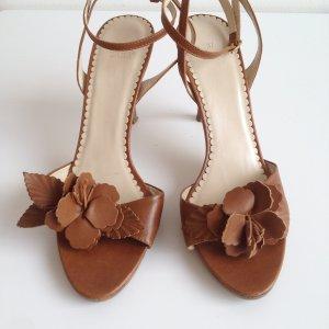 Leder-Sandalen mit Blüten • Riemchensandalen aus Leder