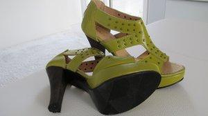 Sandalo verde Pelle