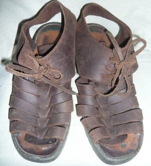 High-Heeled Sandals dark brown-brown leather