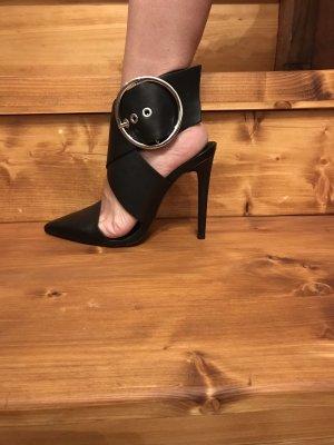 Leder Sandaletten von Zara