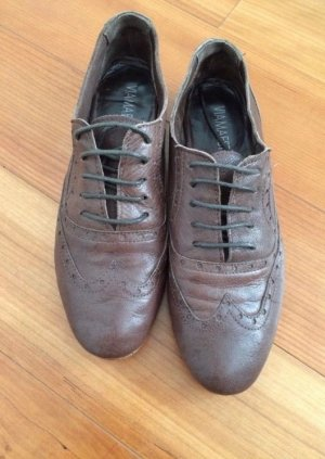 Wingtip Shoes brown leather