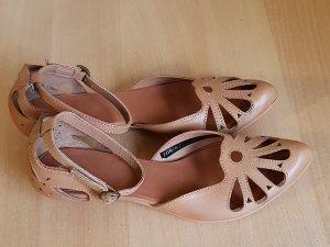 High-Heeled Sandals beige
